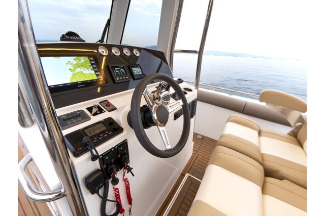 Rodman 33 Offshore