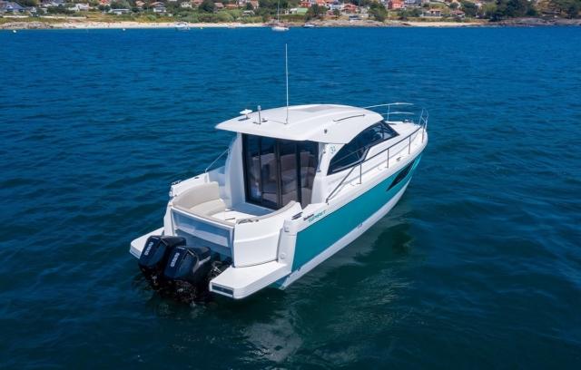 Rodman Spirit 31 Outboard